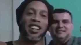 Ronaldinho y su compañero