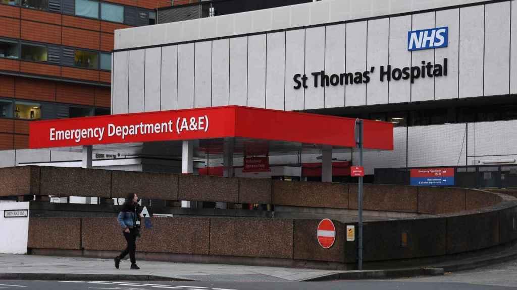 Hospital de Saint Thomas en Londres, donde se encuentra ingresado el primer ministro.