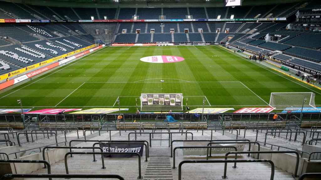 El campo del Borussia Monchengladbach en el último partido que se jugó en la Bundesliga antes del parón por el coronavirus ante el Colonia