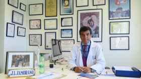 José Luis Zamorano, uno de los diez médicos seleccionados.