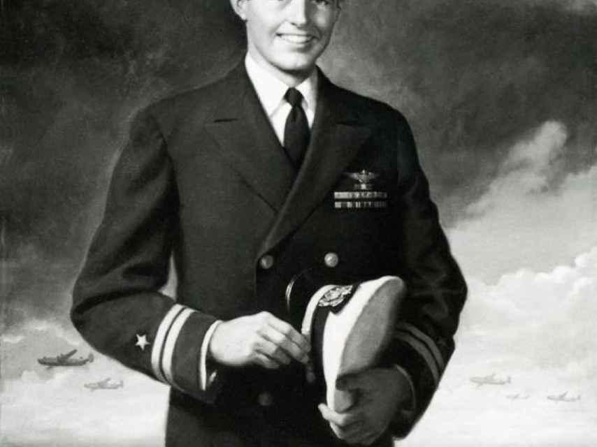 Joseph Patrick Kennedy era aviador naval y piloto de bombarderos con base en tierra en la Segunda Guerra Mundial.