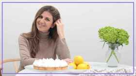 Paula Babiano, con una de las tartas que hace.