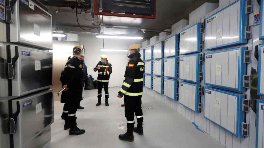 Militares de la UME en la morgue de la Ciudad de la Justicia de Valdebebas.