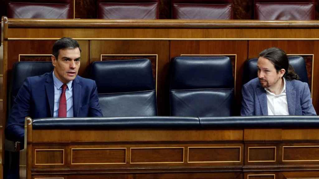 Pedro Sánchez y Pablo Iglesias durante el Pleno para prorrogar el estado de alarma.