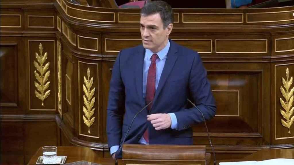 Pedro Sánchez, durante las réplicas a los grupos en el pleno de la segunda prórroga del estado de alarma.