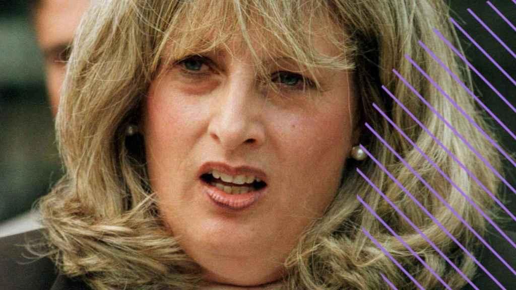 Linda Tripp, durante una de sus declaraciones por el caso Lewsinky.
