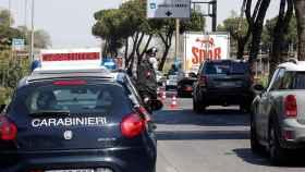 Control policial en Flaminia, Roma.