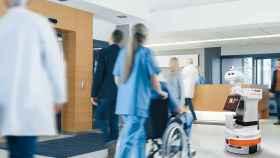 Uno de los robots de Pal Robotics, en la entrada de un hospital.
