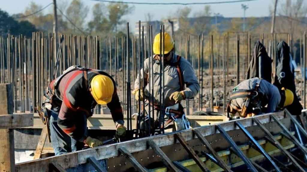 Obreros en una construcción.