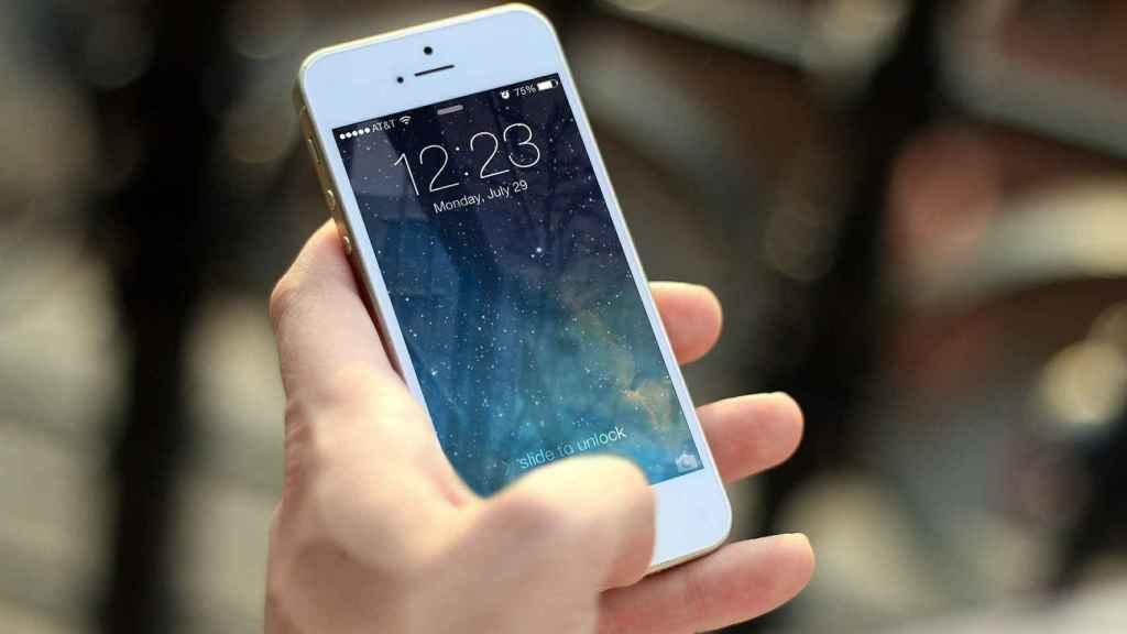 Teléfono móvil en una imagen de archivo.