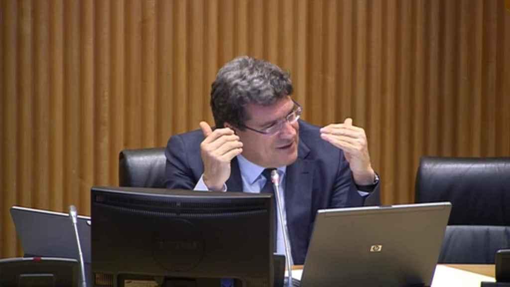 José Luis Escrivá, ministro de Migraciones, Seguridad Social e Inclusión, en su comparecencia en el Congreso.