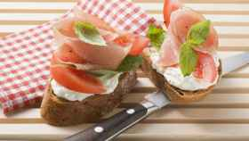 Salmón y queso fresco, un 'chute' de vitamina D.