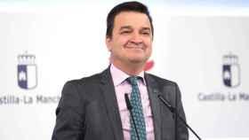 El consejero de Agricultura, Agua y Desarrollo Rural, Francisco Martínez Arroyo