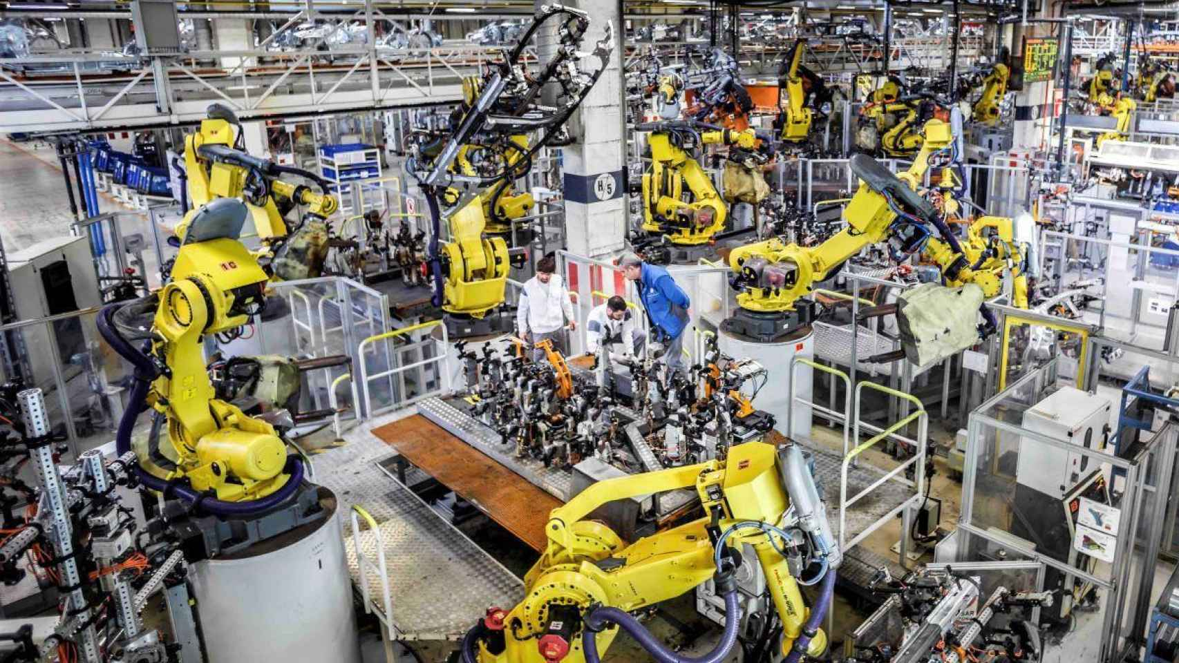 Imagen de una fábrica de automóviles.