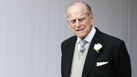 El duque de Edimburgo reaparece para agradecer a los sanitarios la lucha contra el Covid-19
