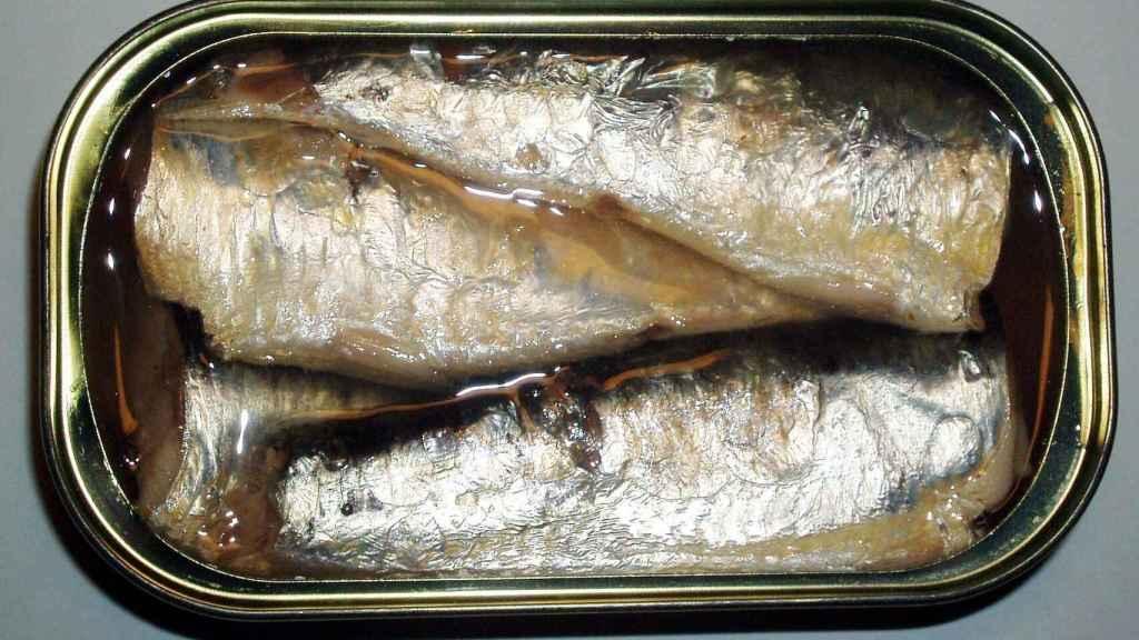 Una lata de sardinas tradicional.