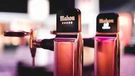 Mahou lanza un plan de rescate para bares con la aportación adicional de cerveza