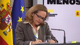 La vicepresidenta Nadia calviño, durante la rueda de prensa posterior al Consejo de Ministros.