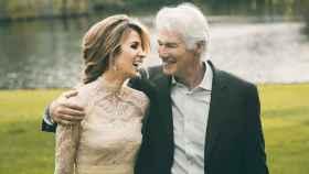 Richard Gere y Alejandra Silva en el día de su boda.
