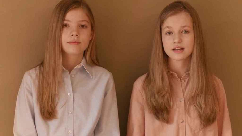 Las infantas Leonor y Sofía.