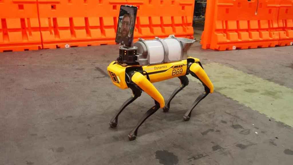 Spot es capaz de llegar a sitios que un robot a ruedas no puede