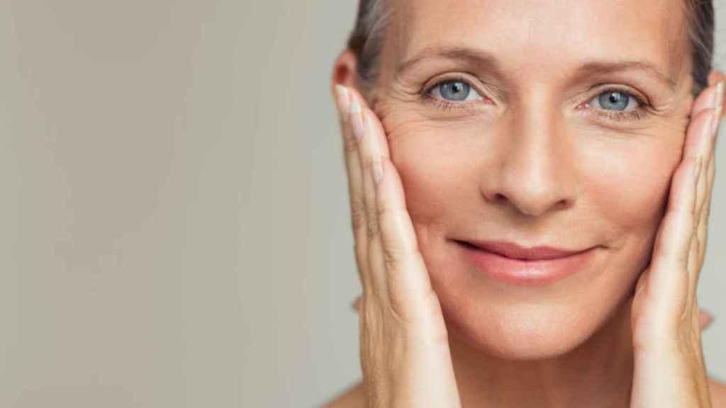Mesoterapia facial con sérum para estos días de confinamiento.