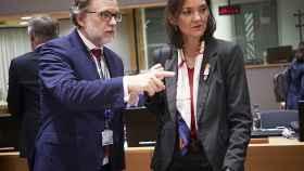 La ministra de Turismo, Reyes Maroto, durante una reunión en Bruselas