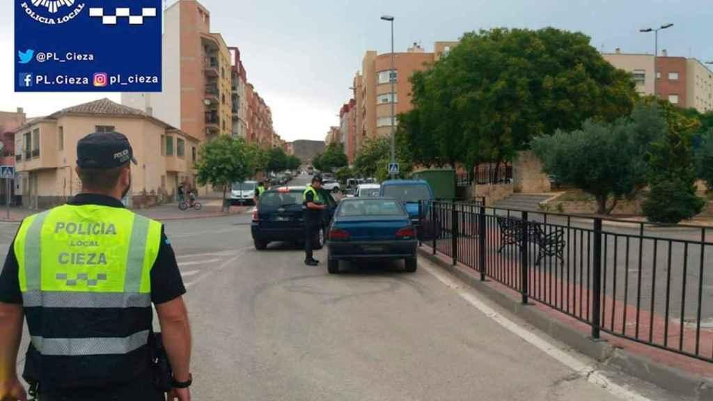 Controles de la Policía Local de Cieza durante el estado de alarma.