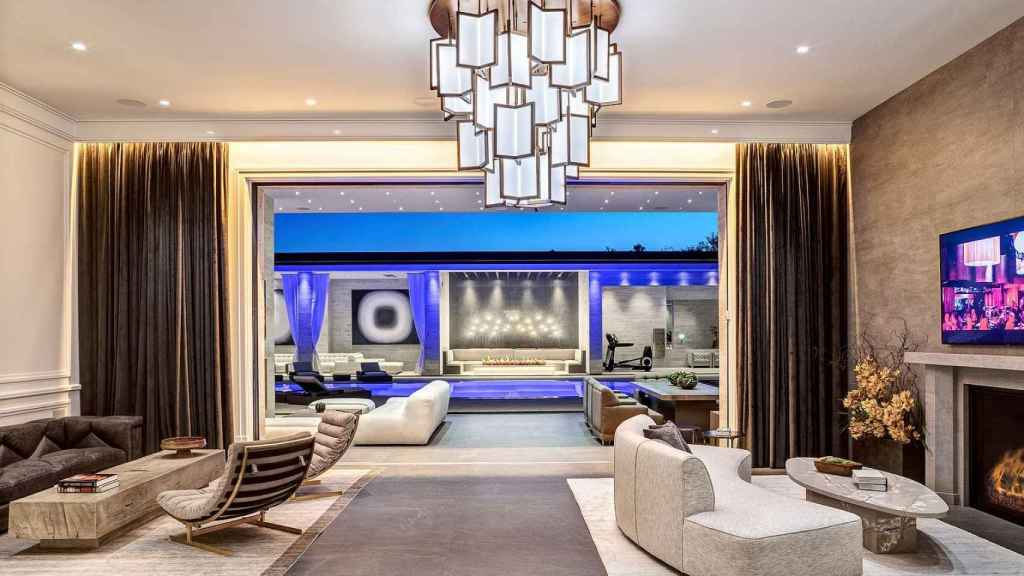 Kylie Jenner ha comprado esta casa por 36,5 millones de dólares.