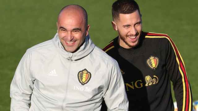 Roberto Martínez y Eden Hazard durante un entrenamiento con la selección de Bélgica