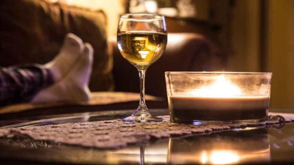 El vino es el mejor compañero durante el confinamiento.