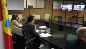Reunión del consejero de Agricultura con representantes del sector agroalimentario de Castilla-La Mancha