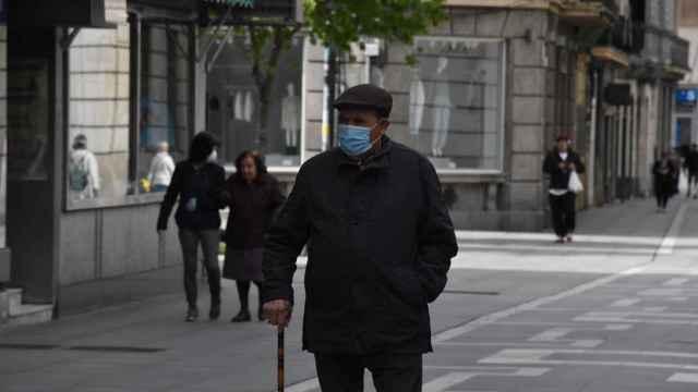 Primer paseo de personas mayores en Zamora 9