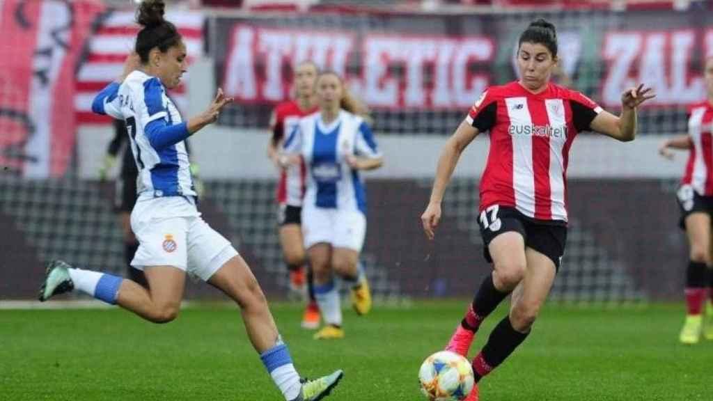 Partido entre el Espanyol y el Athletic de fútbol femenino
