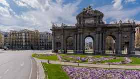 El descenso del tráfico en grandes ciudades, como Madrid, ha contribuido a reducir la polución.