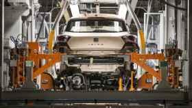 Un Seat Ibiza en la línea de producción.