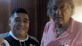 El Trinche Carlovich, junto a Maradona
