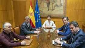 CEOE, sindicatos y Gobierno aprueban el acuerdo para extender los ERTE hasta el 30 de junio y posibles prórrogas