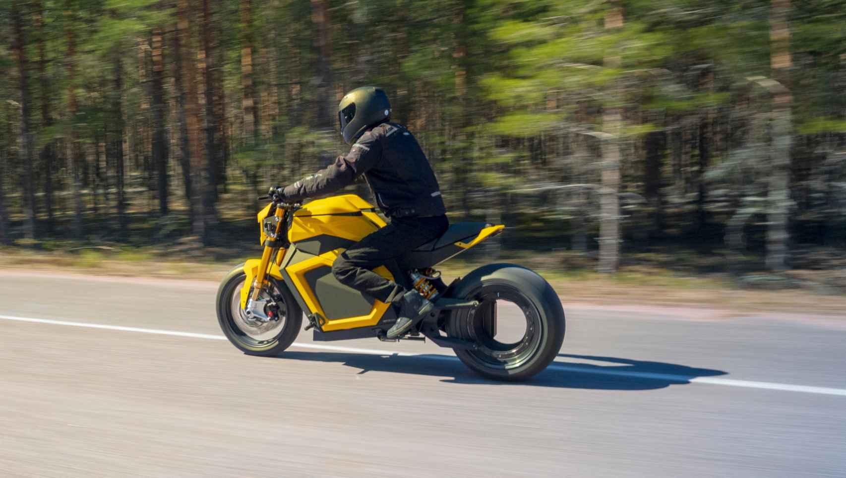 La moto eléctrica Verge TS ya está siendo probada en carretera