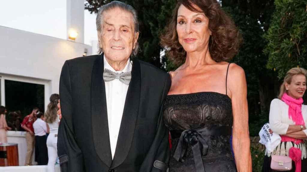 Jaime Ostos y Mari Ángeles Grajal en su última aparición pública, el pasado agosto.
