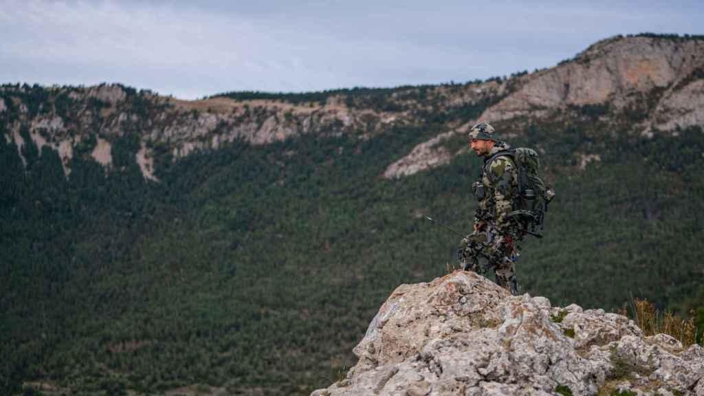 Pedro Ampuero, en un momento de caza