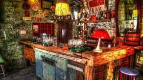 Ruin pubs.