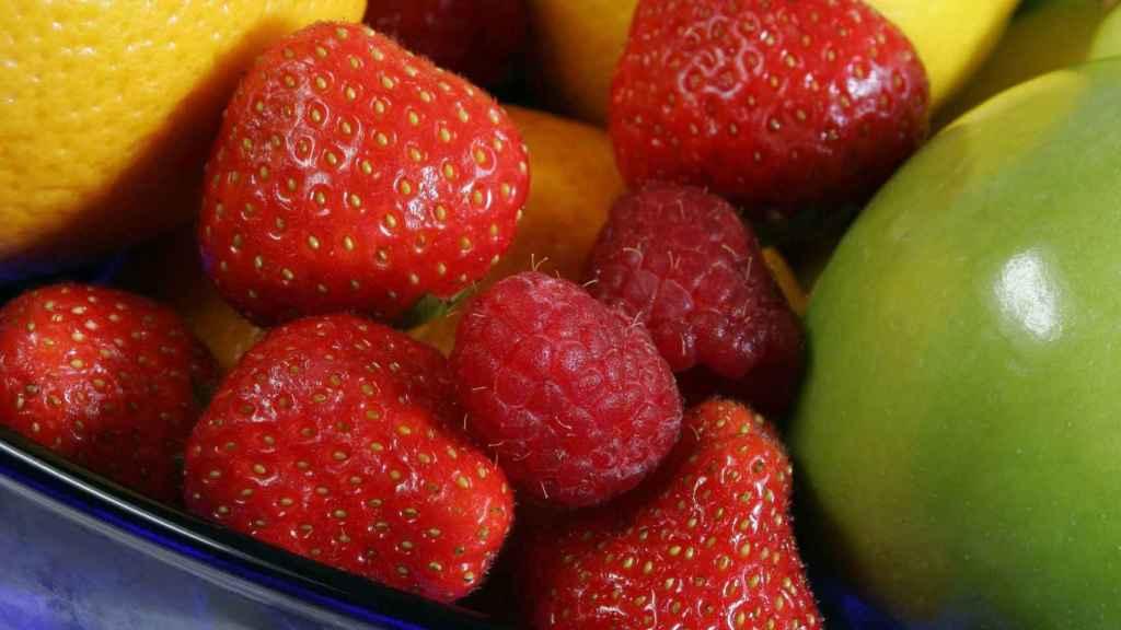 Manzana y frutos rojos tienen potencial antiinflamatorio.