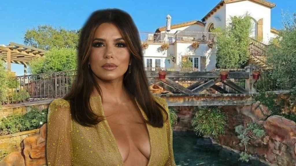 Eva Longoria en un montaje de JALEOS frente a la casa que acaba de vender.