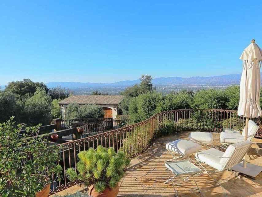 La casa que acaba de vender Eva Longoria disfruta de unas vistas de Los Ángeles de 180 grados.