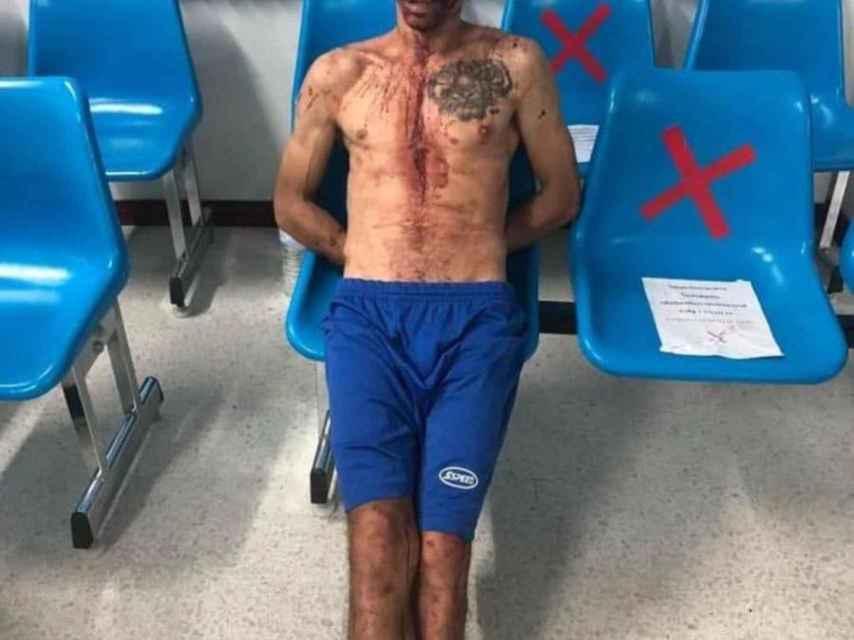 Carlos, tras haber sido detenido por la policía tailandesa