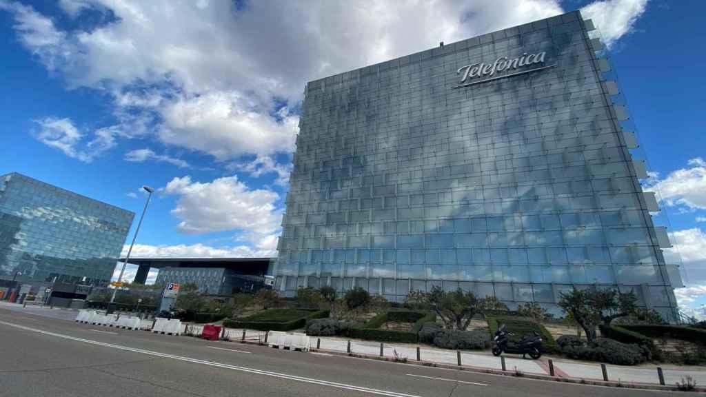 Edificio donde se encuentra la sede de Telefónica en Madrid.