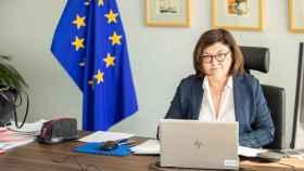 La comisaria de Transportes, Adina Valean, durante la reunión virtual del Ejecutivo comunitario de este miércoles