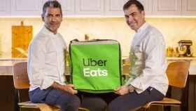 'Cuatromanos' : Así es el nuevo delivery que une a los estrella Michelin Ramón Freixa y Paco Roncero, junto a Uber Eats