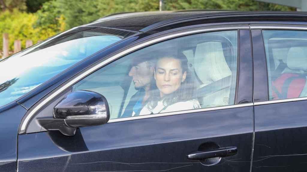 María Palacios y Alessandro Lequio saliendo de casa de Ana Obregón.